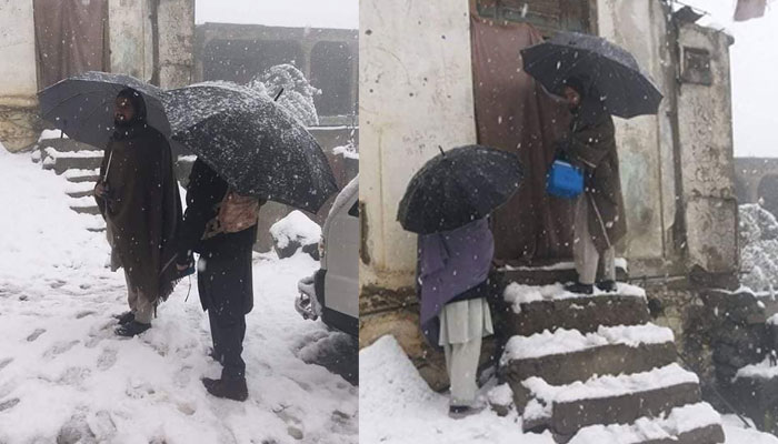 برف باری میں ورکر بچوں کو پولیو پلانے پہنچ گیا