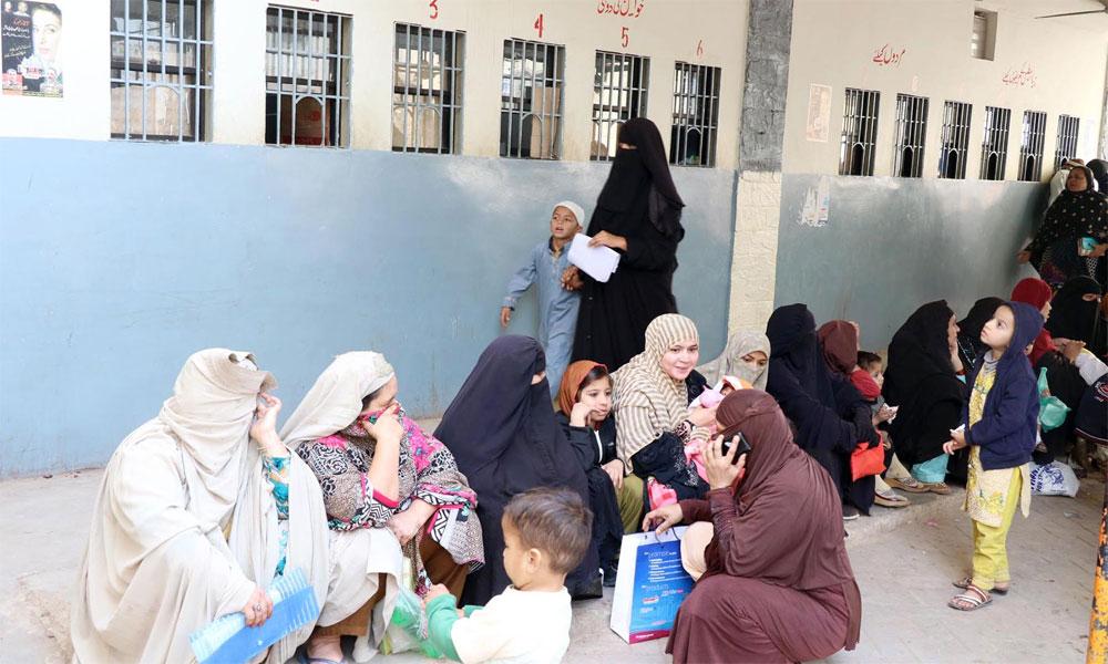 مطالبات پورے ہونے کے باوجود ڈاکٹروں کی ہڑتال جاری