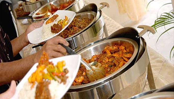لاہور: شادی میں ون ڈش کی خلاف ورزی پر کھانا ضبط