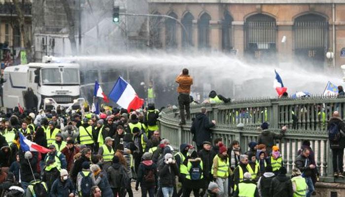 فرانس، پیلی جیکٹ کا احتجاج بارہویں ہفتے میں داخل