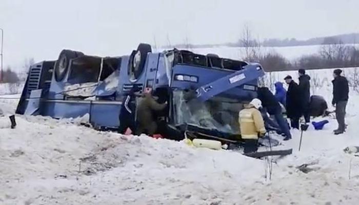 روس میں بس حادثہ، چار بچوں سمیت سات افراد ہلاک