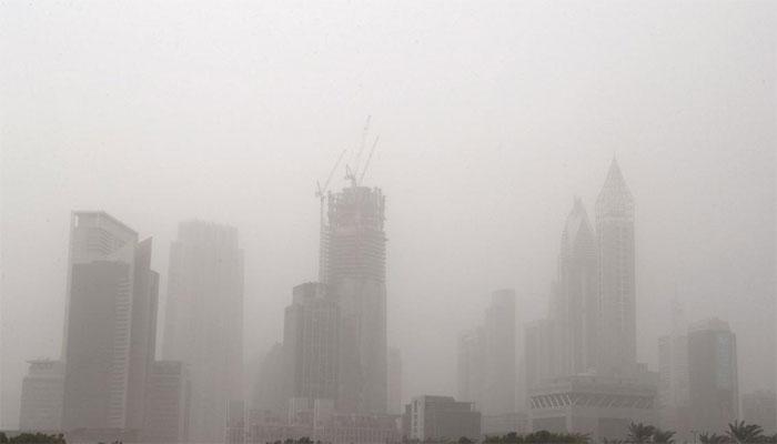 دبئی سمیت عرب امارات کی کئی ریاستوں میں بارشیں