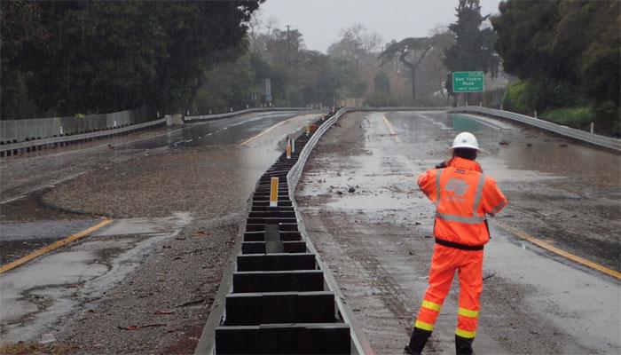 امریکا، کیلی فورنیا میں سیلاب کی وارننگ