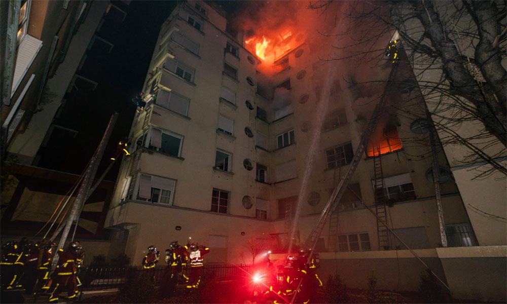پیرس کی رہائشی عمارت میں آتشزدگی، 8 ہلاک، 27 زخمی