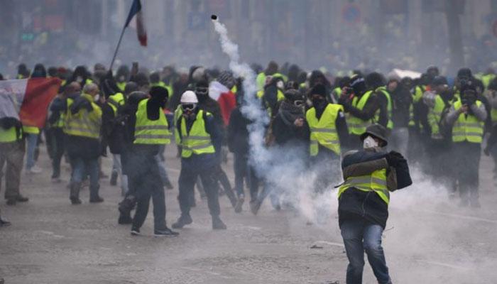 فرانس، پیلی جیکٹ مظاہرین کا پھر احتجاج