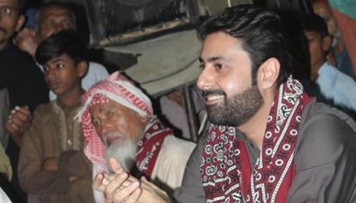 کراچی، پی ایس پی رہنما کی گاڑی پر فائرنگ