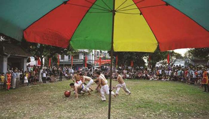 ویتنام میں صدیوں پرانا کھیل آج بھی مقبول