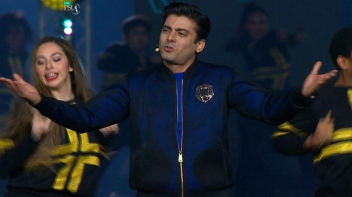لائیو: پی ایس ایل 4 کی رنگا رنگ افتتاحی تقریب