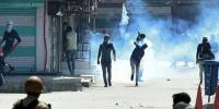 Thousands Of Muslims Seek Refuge In Mosques Fearing Mob Attacks In Occupied Kashmir