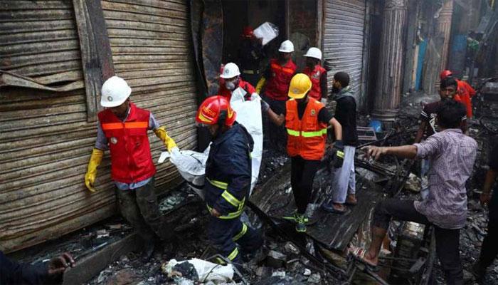 ڈھاکا کی عمارت میں آگ لگنے سے ہلاکتیں 110ہو گئیں