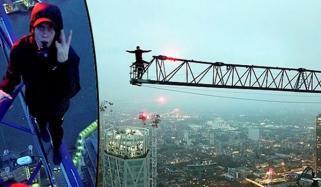 لندن: نوجوانوں کے سینکڑوں فٹ بلند کرین پر کرتب