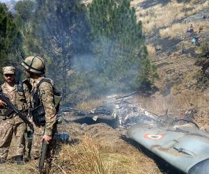 پاک فضائیہ نے دو بھارتی طیارے مار گرائے,تصاویر وائرل