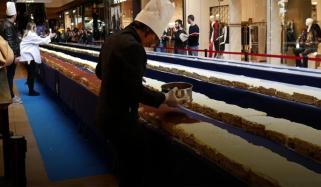 895 Feet Long Tiramisu Set Guinness Record In Milan