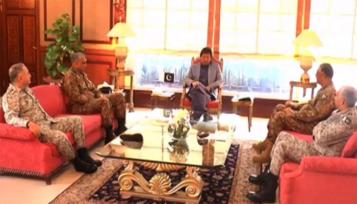 وزیراعظم کی مسلح افواج کے سربراہان سے ملاقات