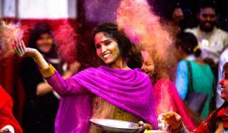 Holi 2019 Hindus Around The World Celebrate The Colourful Festival