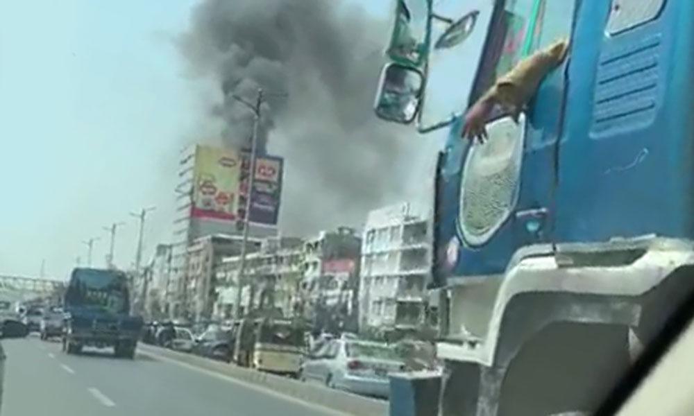 کراچی، عمارت میں آتشزدگی، 2 افراد جاں بحق