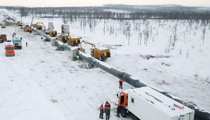 روس: پانی کی لائن پھٹنے سے پورا علاقہ زیر آب آگیا