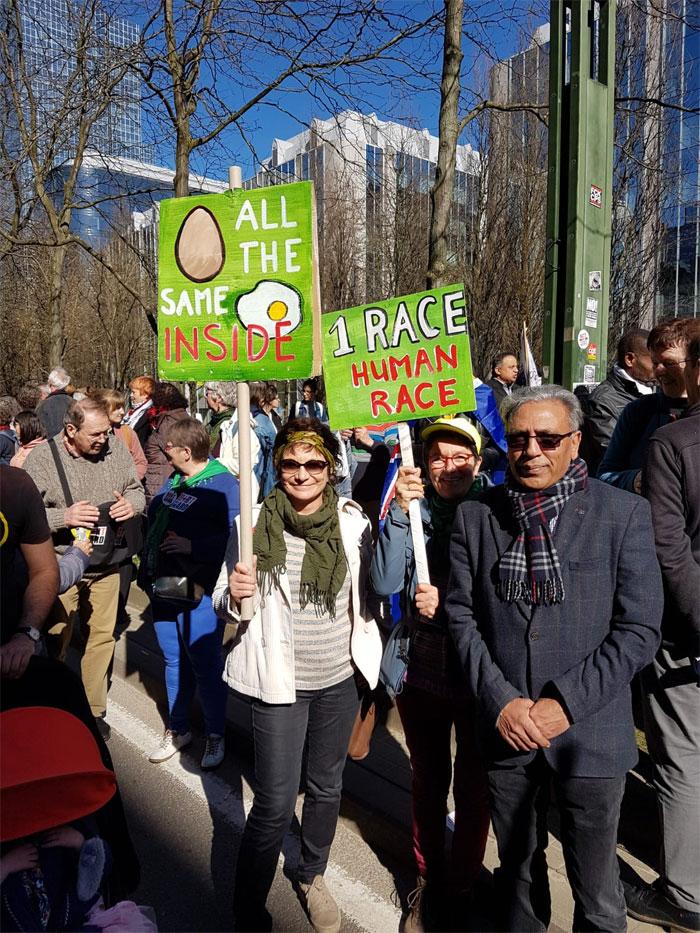 برسلز میں اسلام و فوبیا اور نسل پرستی کیخلاف مظاہرہ