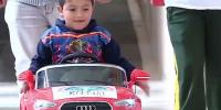 Kids Drive Luxury Mini Toy Cars Into Surgery At Argentina Hospital