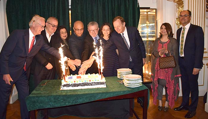 پیرس میں یوم پاکستان پر سفارتی استقبالیہ