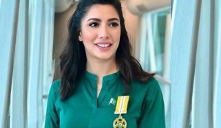 Mehwish Hayat Displays Tamgha E Imtiaz With Pride