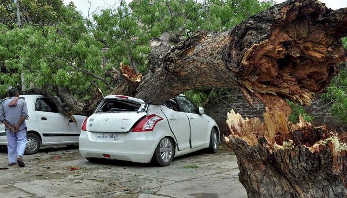 بھارت،منی پور میں آندھی طوفان سے 3 خواتین ہلاک