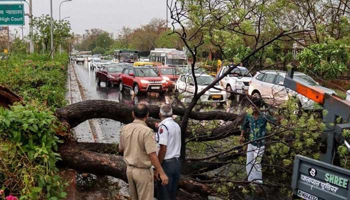 بھارت اور افغانستان میں شدید بارشوں،سیلاب نے تباہی مچادی