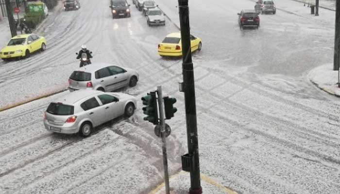 یونان میں طوفانی بارشوں کے بعد ژالہ باری