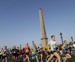 پیرس میں میراتھن کا انعقاد