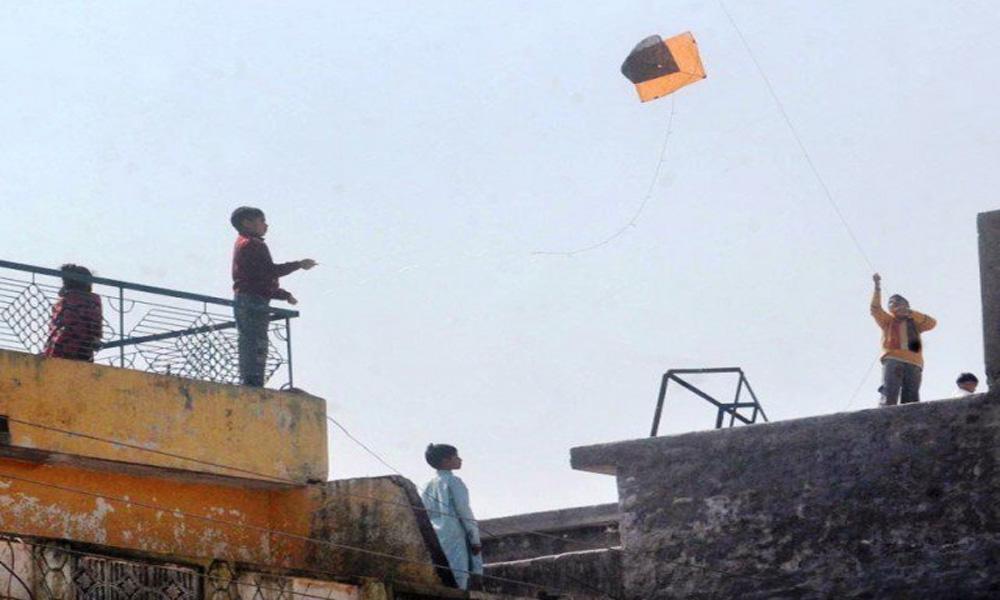 لاہور میں پتنگ کی ڈور سے 3 افراد زخمی