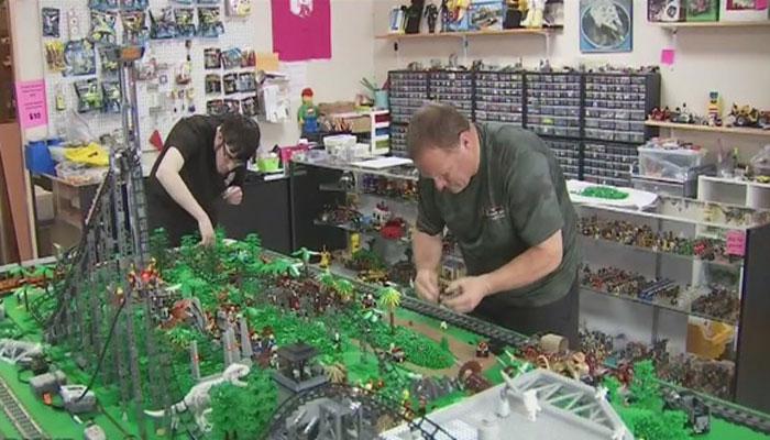 3لاکھ لیگو برکس سے بنی رولر کوسٹر
