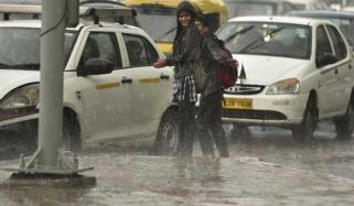 Dust Storm Lightning And Rain Kill 60 In India
