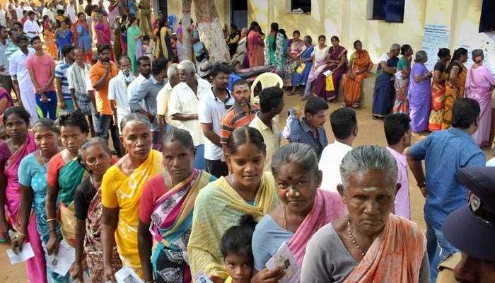 بھارت کی 13ریاستوں میں انتخابات کیلئے پولنگ جاری