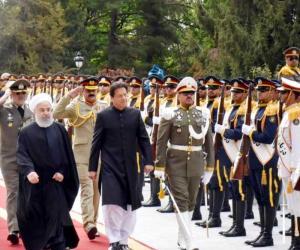 وزیر اعظم کا ایران آمد پر پرتپاک استقبال
