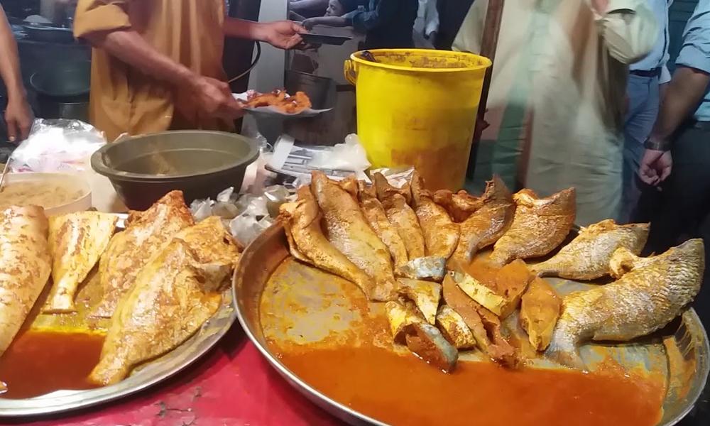 کراچی کی چند مقبول ترین فوڈ اسٹریٹس