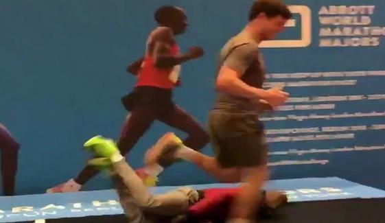 Mo Farah Keeps Falling Off Giant Marathon Treadmill