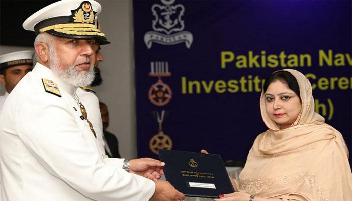 پاک بحریہ کے آفیسرز اور جوانوں کو عسکری ایوارڈز کی تفویض
