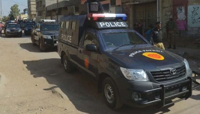 کراچی: خاتون نے بیٹے کے اغوا کا مقدمہ باپ کیخلاف درج کرادیا