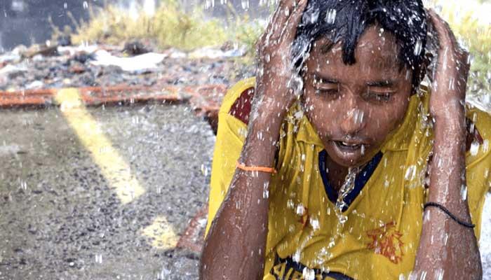 ملک کے بیشتر شہر شدید گرمی کی لپیٹ میں