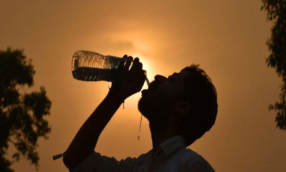 کراچی میں کل کی نسبت آج گرمی کم