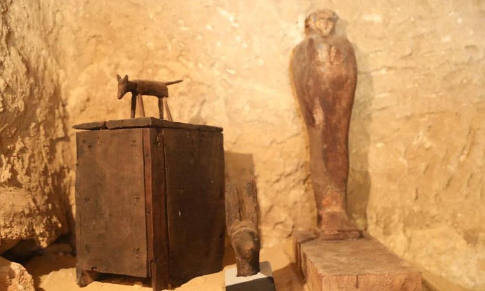 اہرام مصر کے قریب ہزاروں سال پرانا مقبرہ د ریافت
