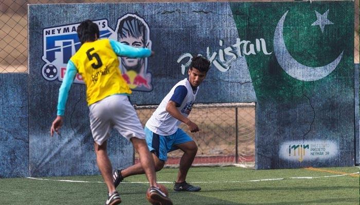 پاکستان کی فٹبال ٹیم کو برازیل میں عالمی مقابلے میں شرکت کا موقع