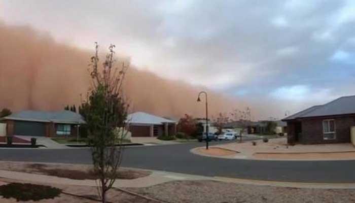 آسٹریلیا:ریت کے طوفان سے دن میں تاریکی چھاگئی