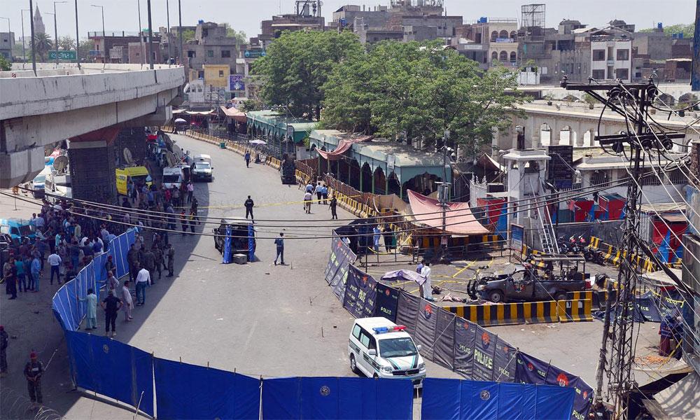 لاہور دھماکا، ایک ہی خاندان کے 3 شہداء کی ملتان میں تدفین