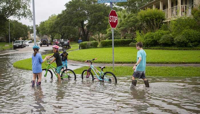 ٹیکساس میں سیلاب نےتباہی مچادی،400مکانات زیر آب