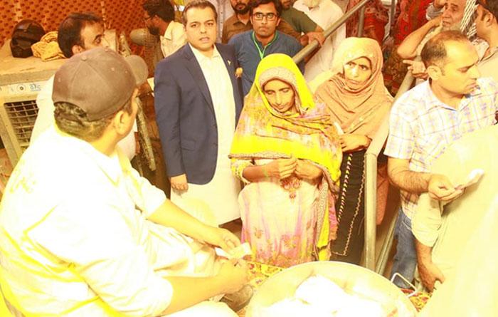 پنجاب حکومت کے بچت بازار میں ناقص انتظامات سے شہری پریشان