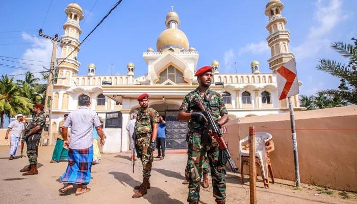 سری لنکا میں مسلم کش فسادات،کرفیو نافذ