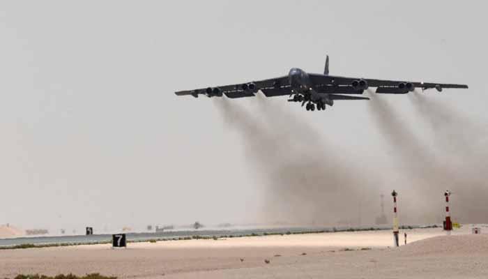 امریکی بمبار طیارے کی ایران کے خلاف پہلی مشن پرواز
