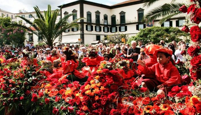 پرتگال میں پھولوں کے سالانہ میلے کا آغاز