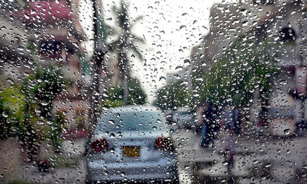 کراچی میں تیز ہواؤں اور بارش کا امکان
